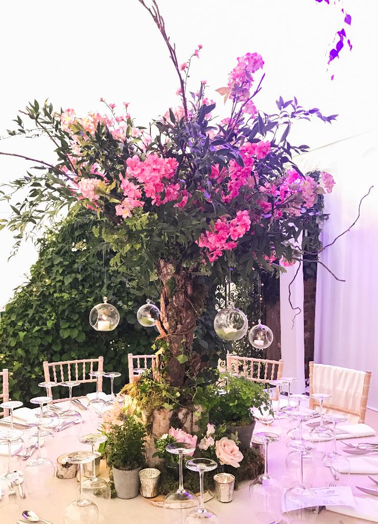 A Midsummer Night\'s Dream Wedding - Mary Jane Vaughan - creative ...