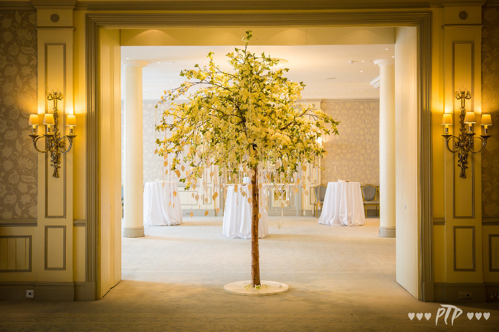 Savoy_wedding_flowers_June_2017_5